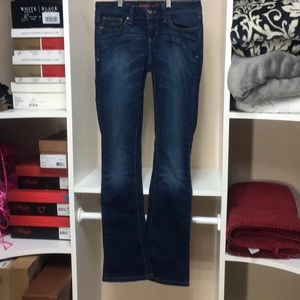3 LEFT-Guess Low Rise Skinny Boot sz26